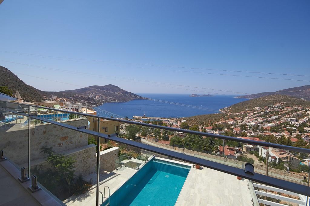 Villa Swan Balcony View