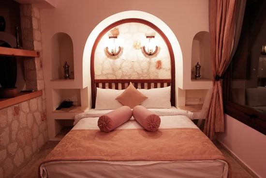 Oasis Hotel Suites 1