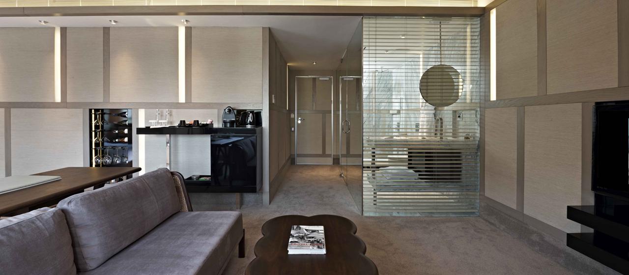 The House Hotel Nisantasi Junior Sofa Web