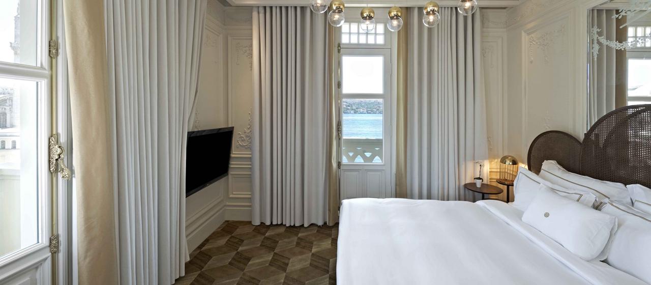 The House Hotel Bosphorus Penthouse Simon Kalfa 3