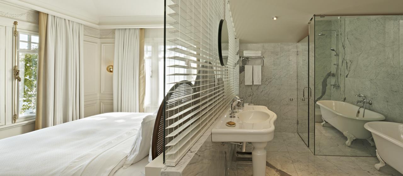 The House Hotel Bosphorus Penthouse Bosphorus Bed Bath Room