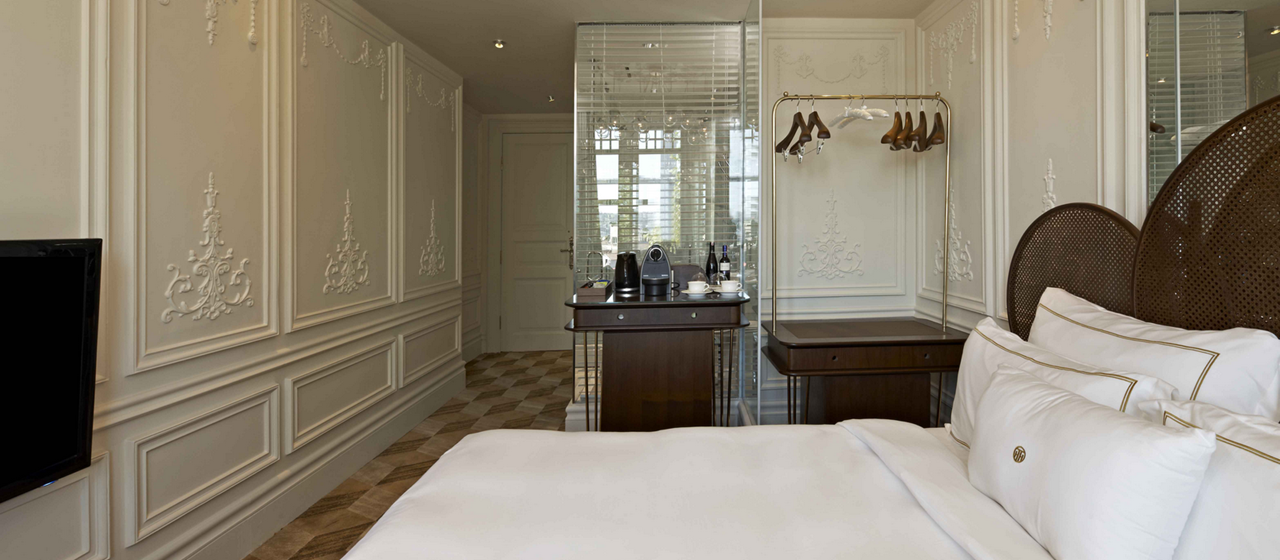 The House Hotel Bosphorus Superior Bosphorus Room Web