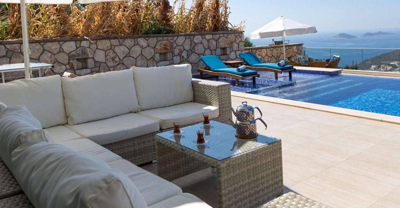 Cushioned Terrace Furniture