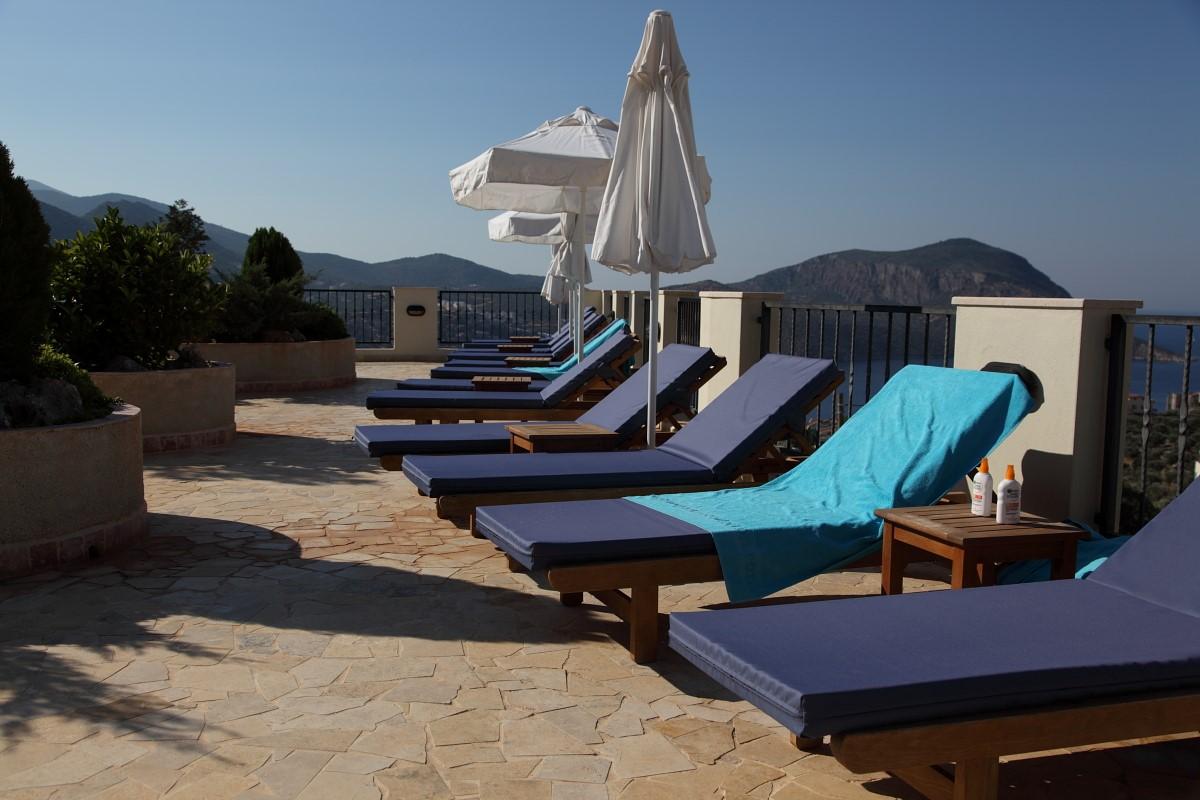 Sunbathing terrace with sea views