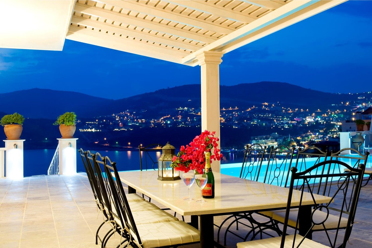 Dine alfresco and see Kalkan light up at night