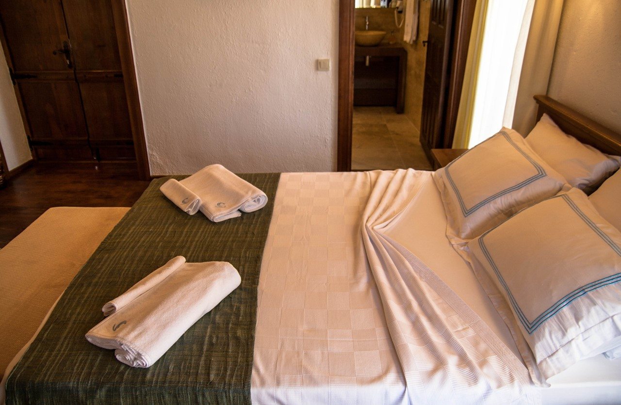 Rooms are well presented with en-suite facilities