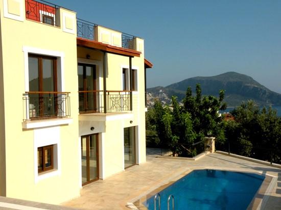 3 bedroom Kalkan villa with private pool