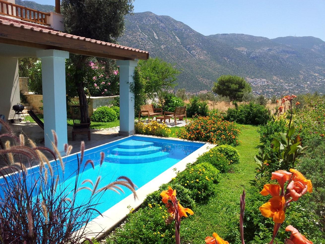 Beautiful garden at Villa Bethany