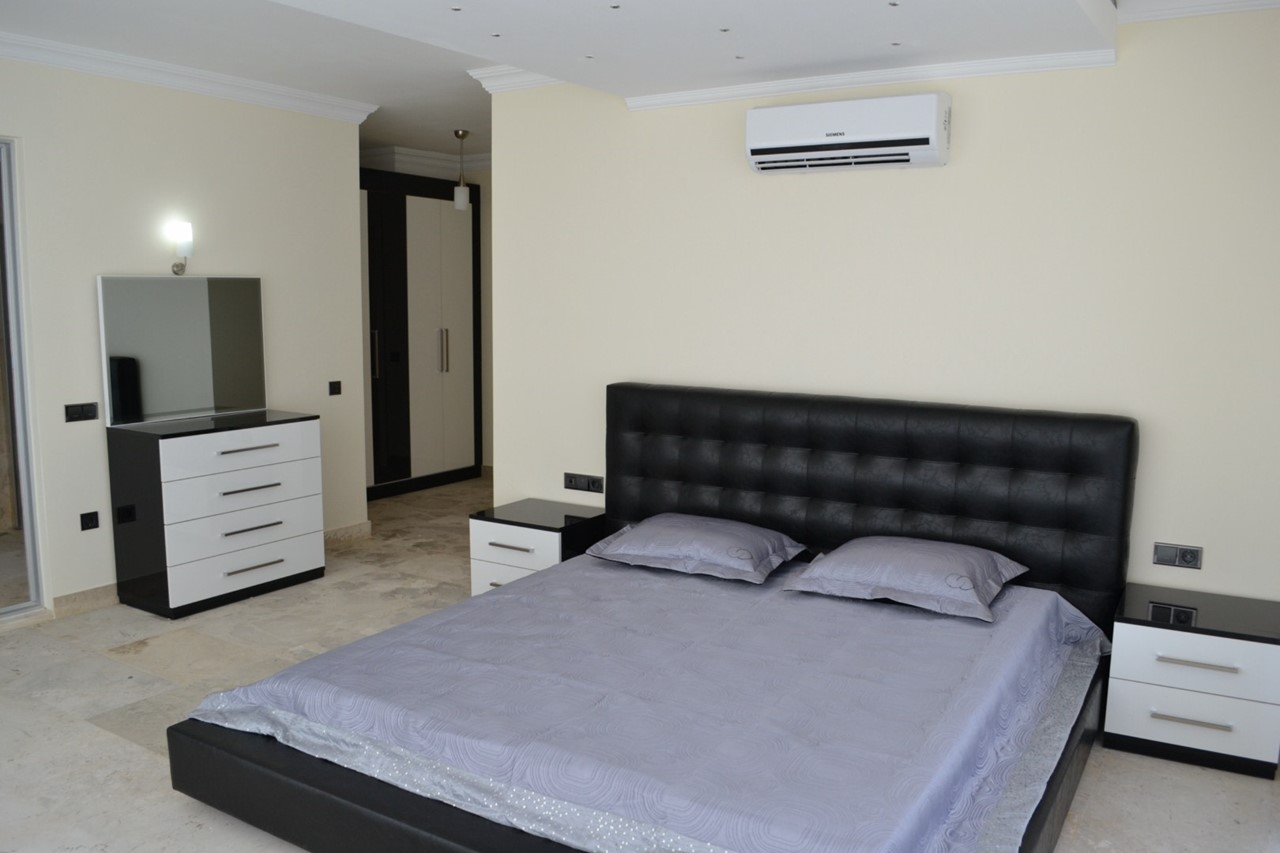 Spacious and contemporary bedrooms
