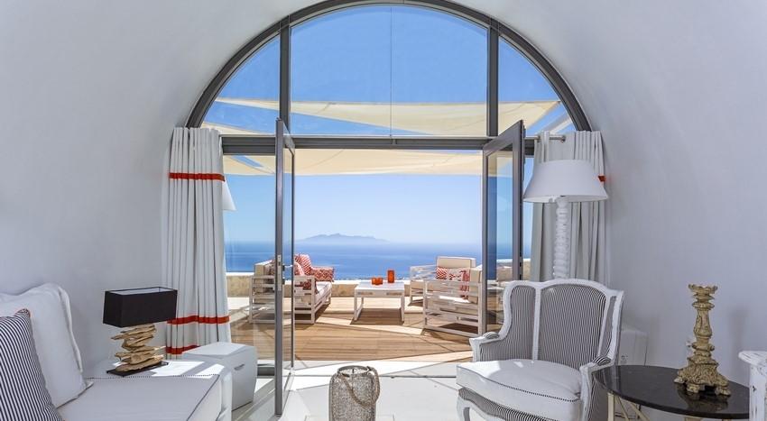 Villa Oblivion 10