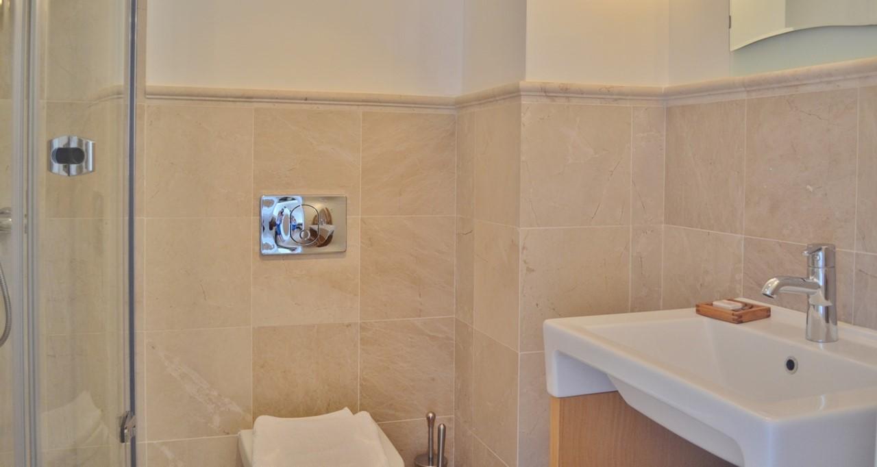 Bathroom2 Y
