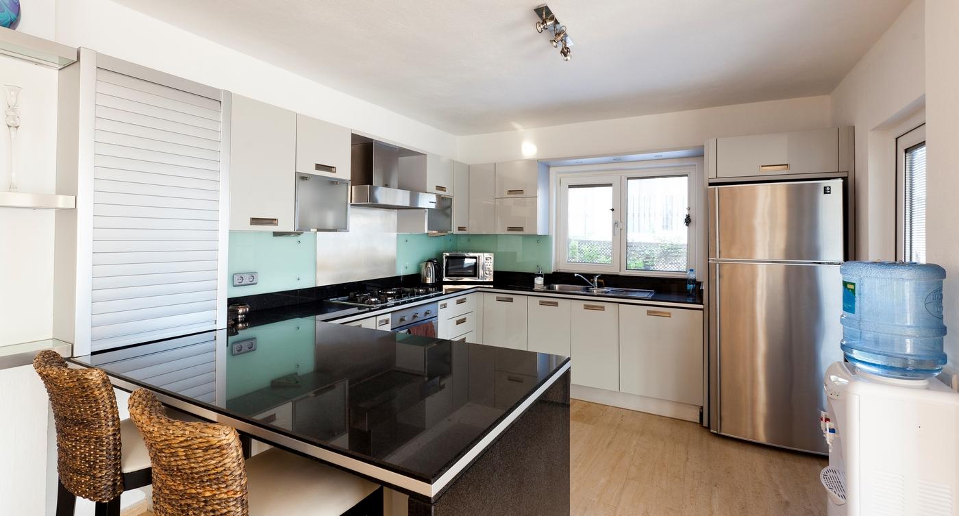 safak kchen darmstadt with safak kchen darmstadt villa lumineux with safak kchen darmstadt. Black Bedroom Furniture Sets. Home Design Ideas