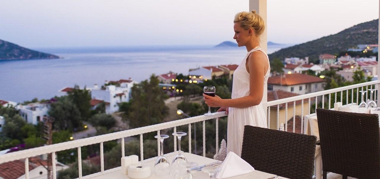 Oasis Rooftop Restaurant