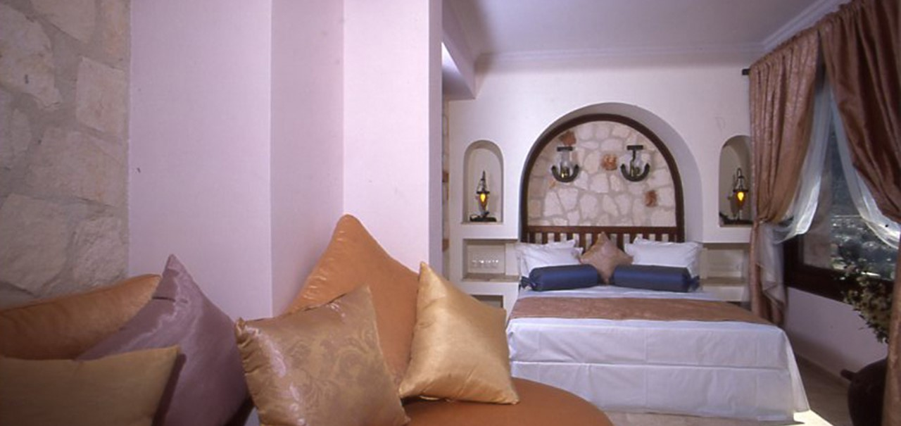 Oasis Hotel Suites 6
