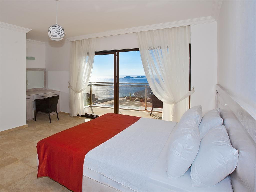 Falcon Lodge Bedroom
