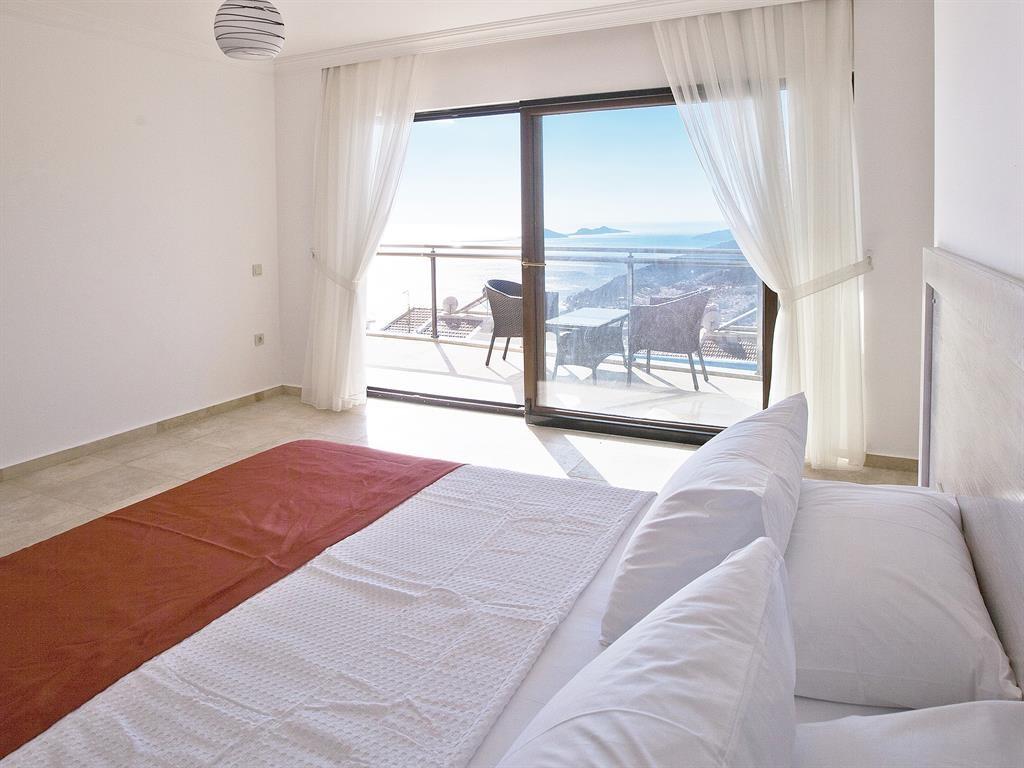 Falcon Lodge Bedrooms