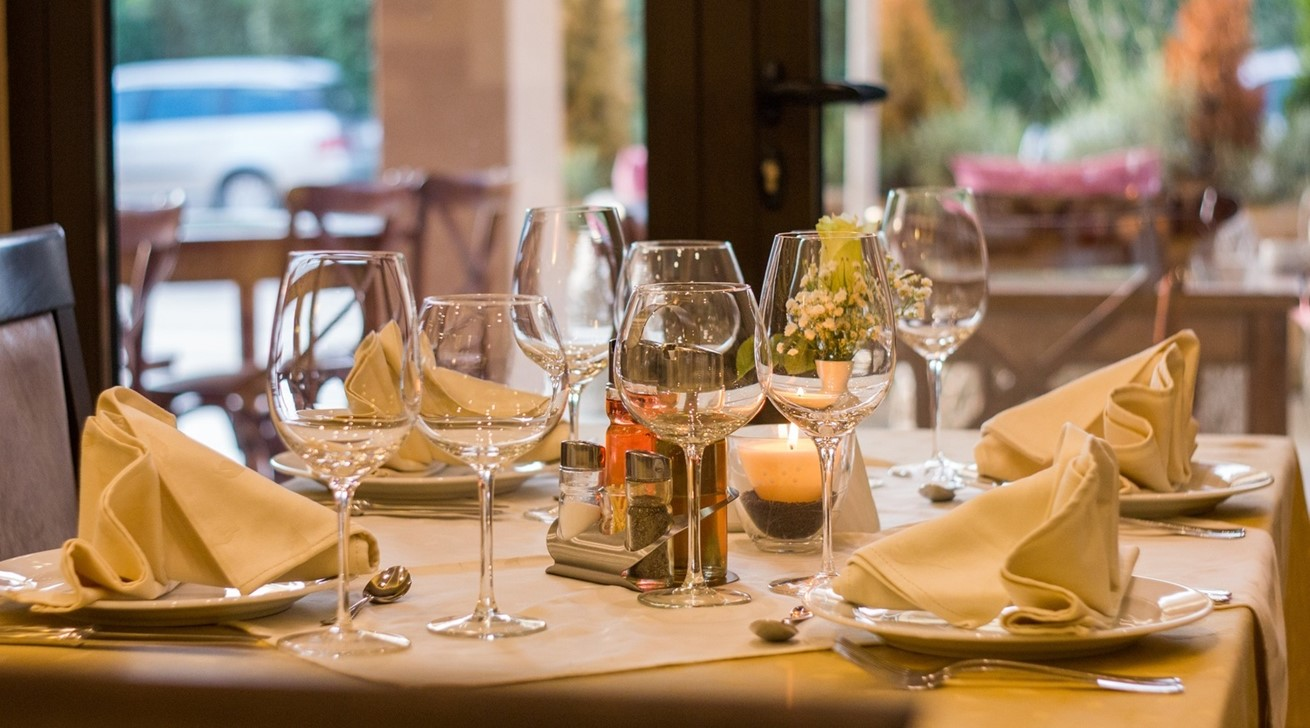 Table Restaurant Meal Lunch Dinner Table Setting 950740 Pxherecom
