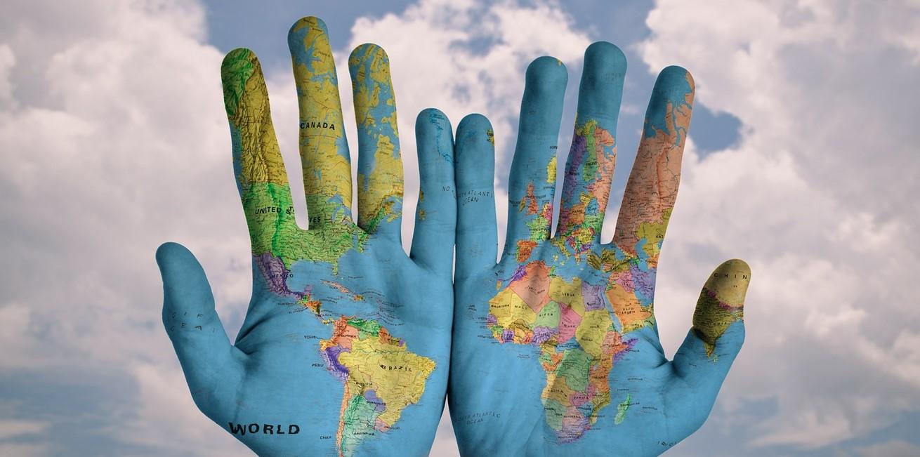 Hands 600497 1920