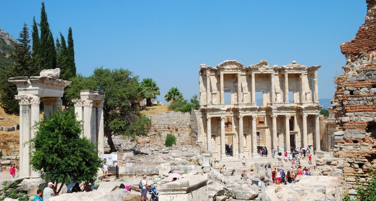 Ephesus Turkey 1421689590Nnl