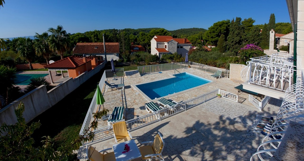 Villa Vjeka Birdseye View Pool Area