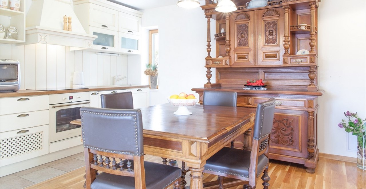 Villa Vjeka Kitchen Plus Dresser