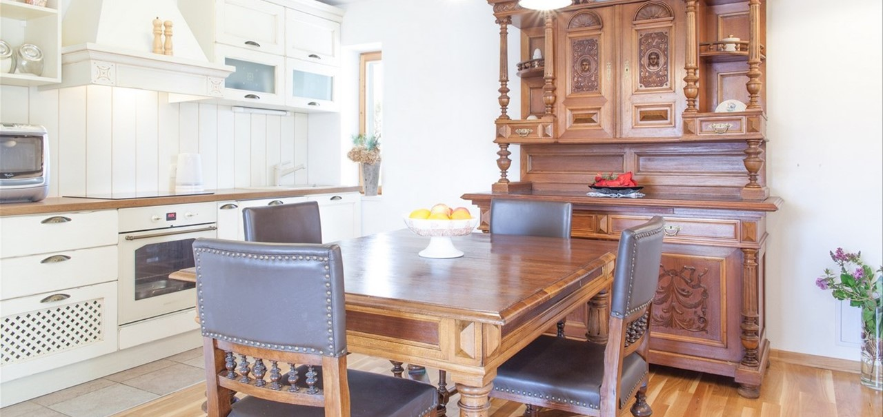 Villa Vjeka Kitchen Plus Dresser