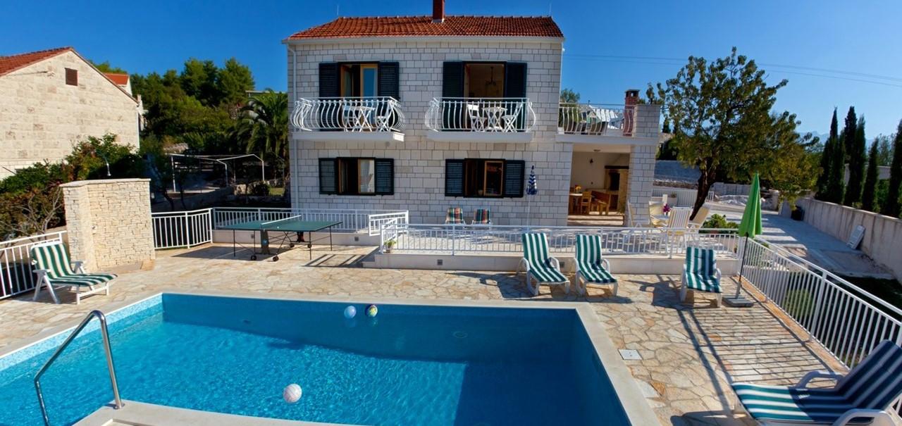 Villa Vjeka Ouside Pool And Villa