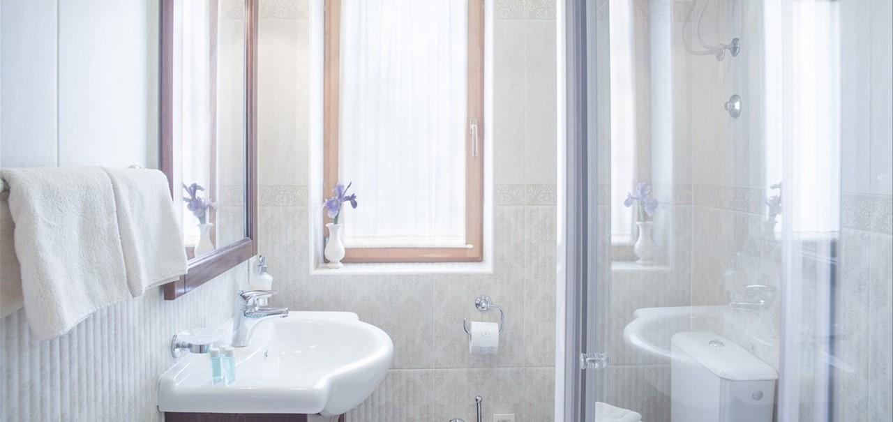 Villa Vjeka Shower Ensuite