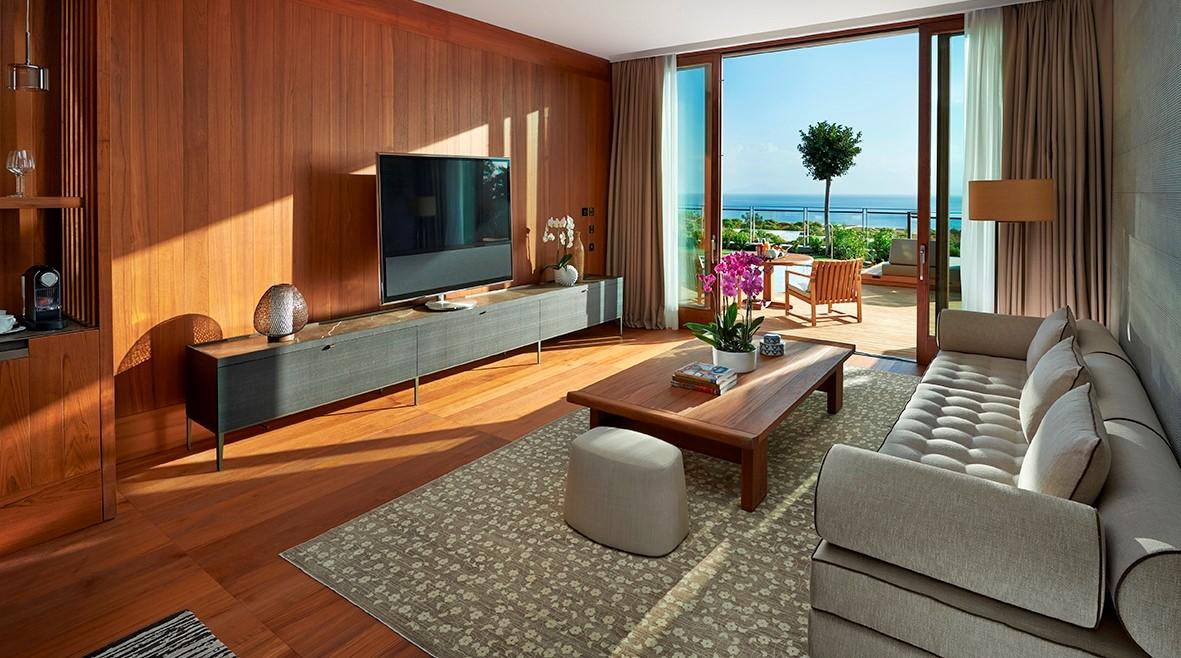 Sea View Suite LVNG FINAL 01 Copy