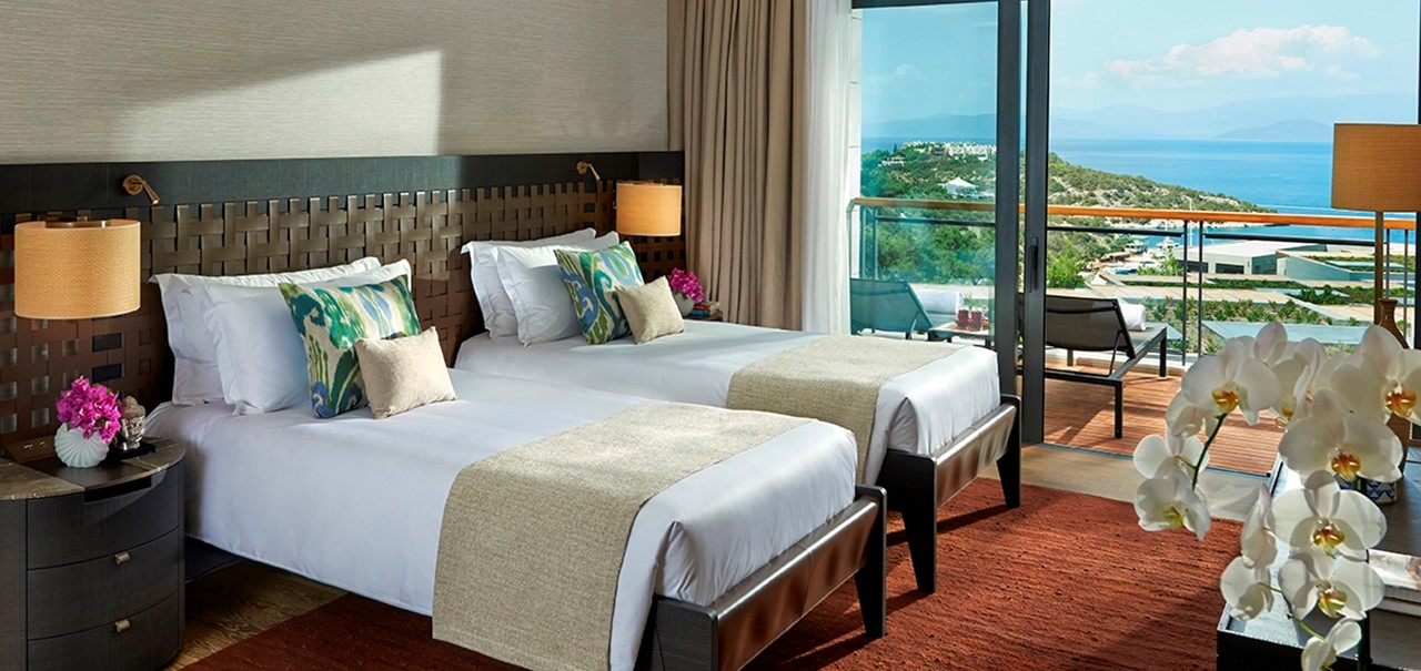 Panoramic View Apartment Twin Bed