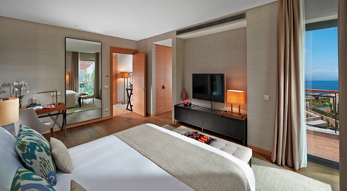 Panoramic View Apartment Bedroom