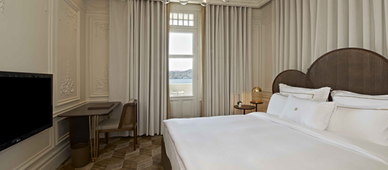 The House Hotel Bosphorus Superior Bosphorus Bed Room Web 2