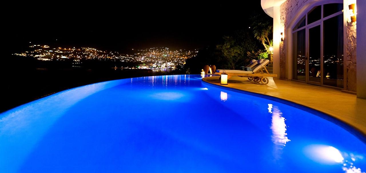 Pool Room 16