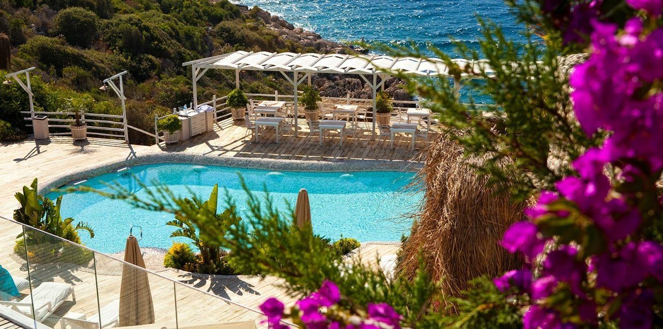 Peninsula Gardens Hotel Beach Kas