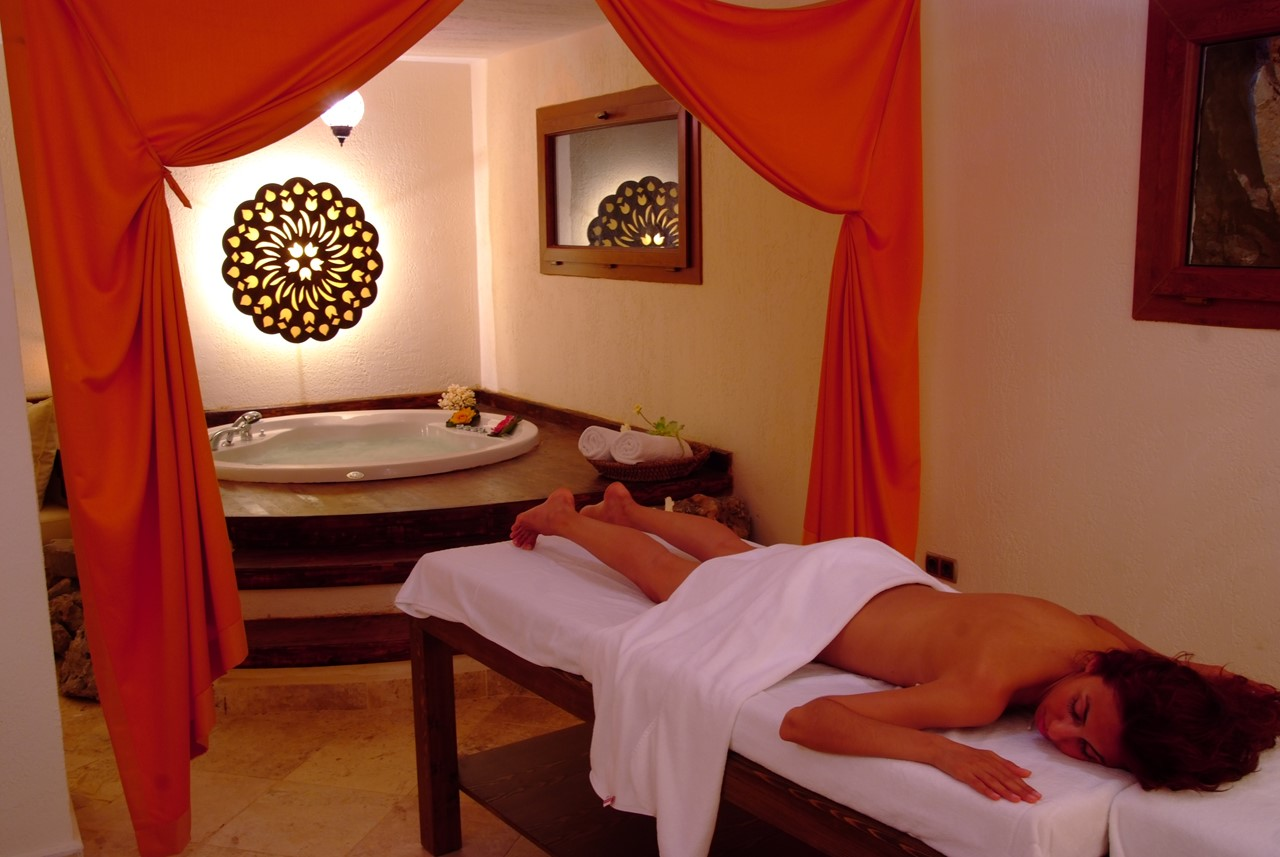 Massage and Jacuzzi spa treatment room