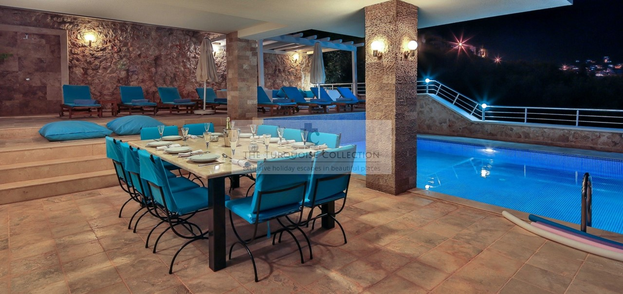 Evening Dining By The Pool