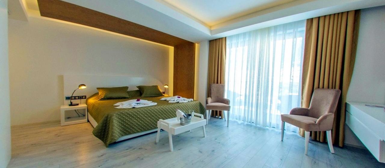 Rhapsody Hotel Premium Room 1