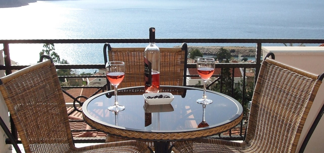 Relax On The Penthouse Roof Terrace