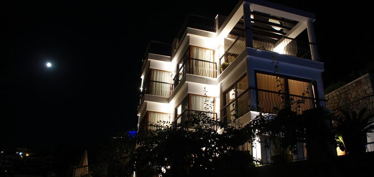 Villa Yar Kalkan Exterior Night