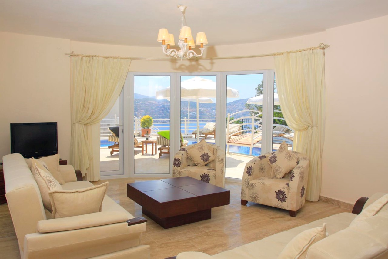 Beautifully furnished lounge with access to terrace