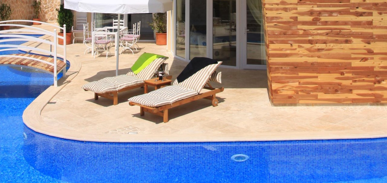 Dine alfresco and sunbathe by the pool