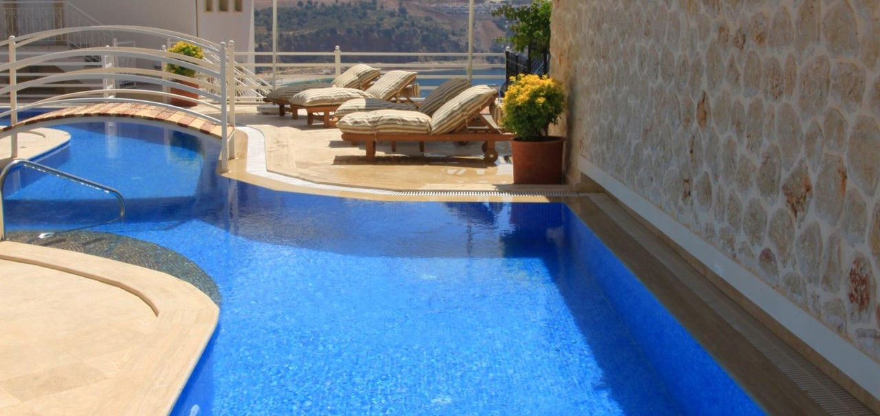Private 30m pool with extensive terrace space