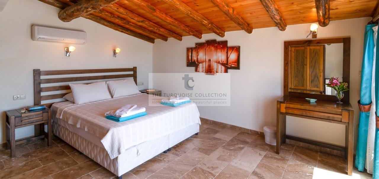 Elvina Apartments Gabriella 23