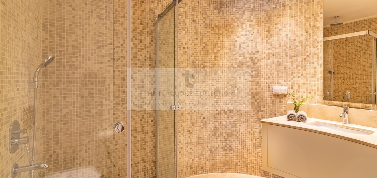 Kalkan Mountain Villas No 5 Kalkan Islamlar 11 Shower Bed 2 Copy
