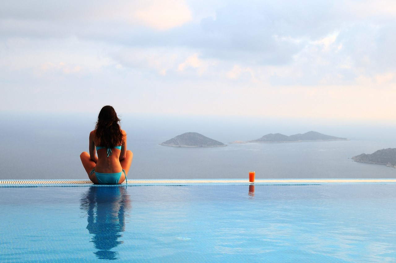 Communal Infinity pool overlooking the Med