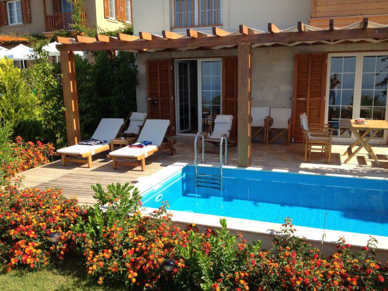 Villa White Pearl at LaVanta, 3 bedrooms