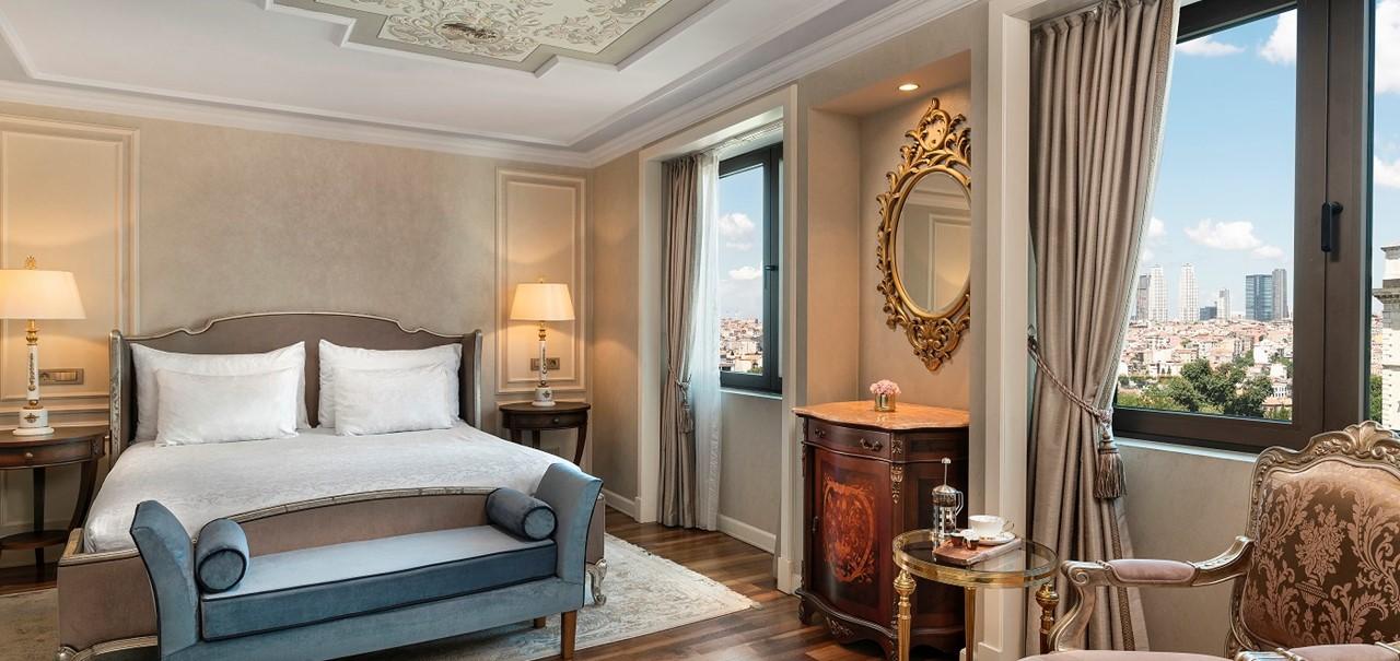 Rh Pera İstanbul Deluxe Peraview Room