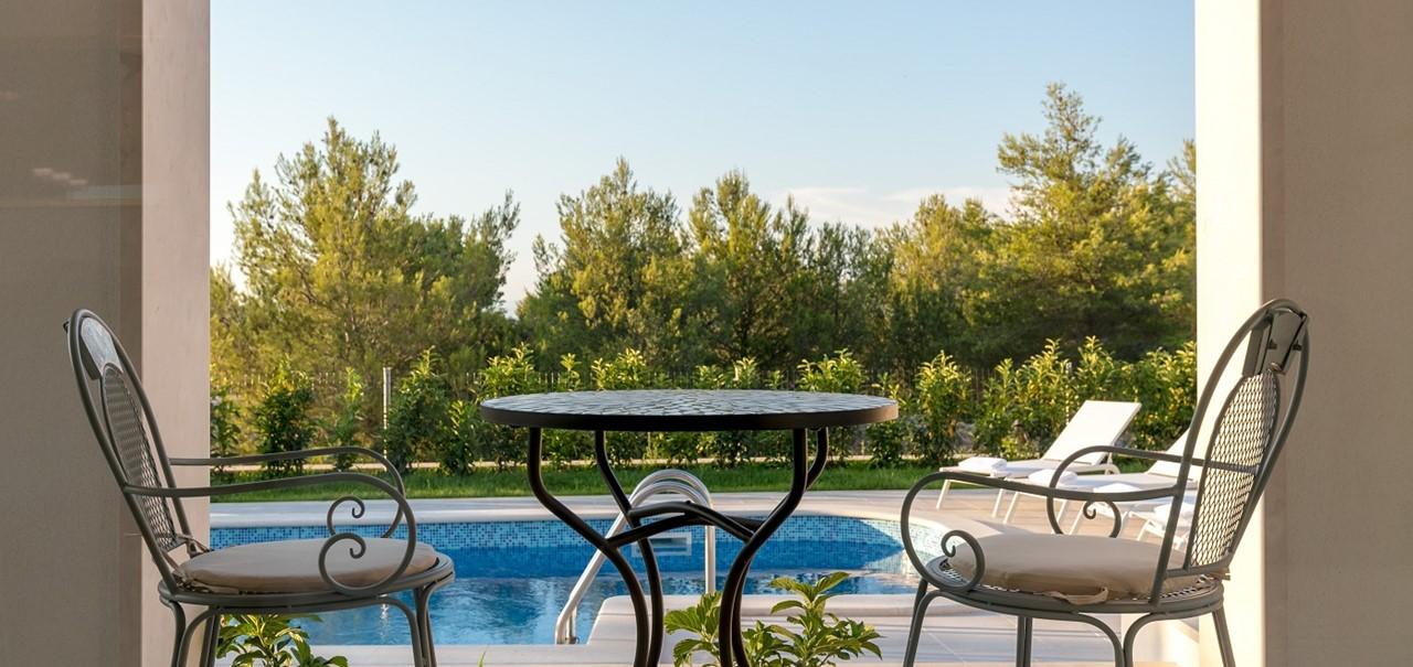 Villa In Milna 10Resized