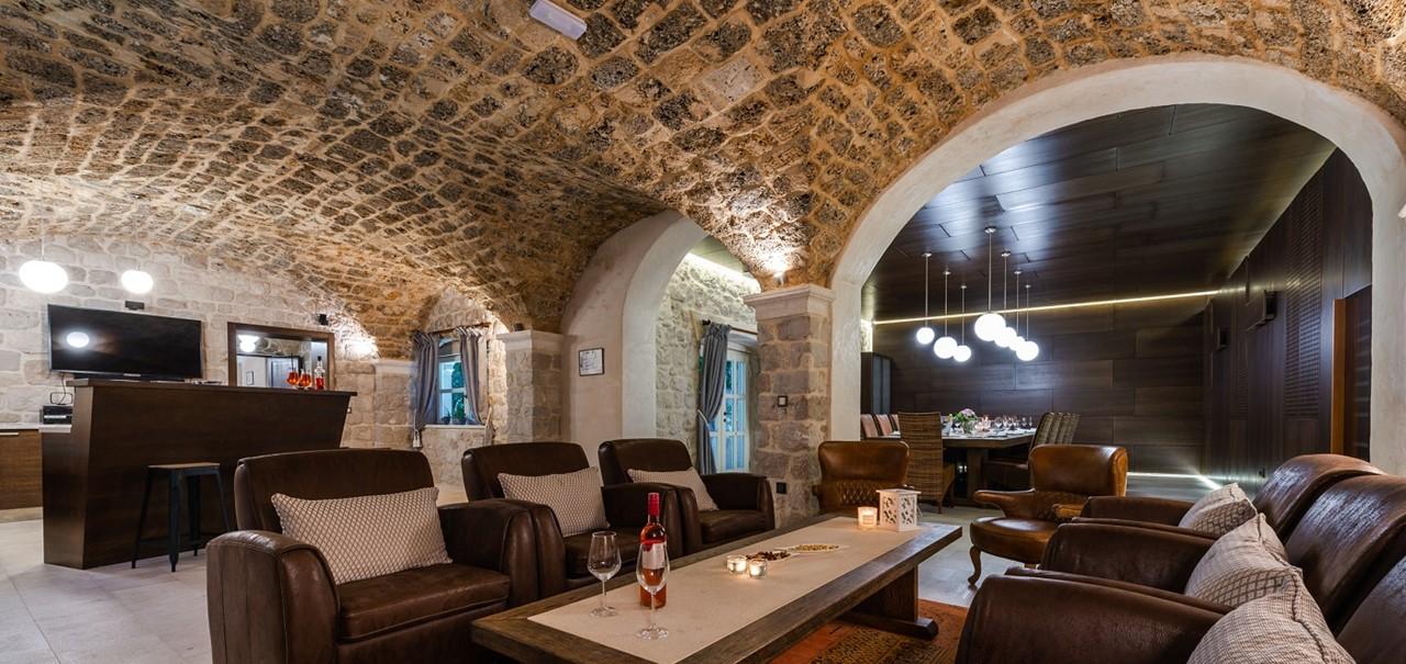Villa Luciana Inside 3