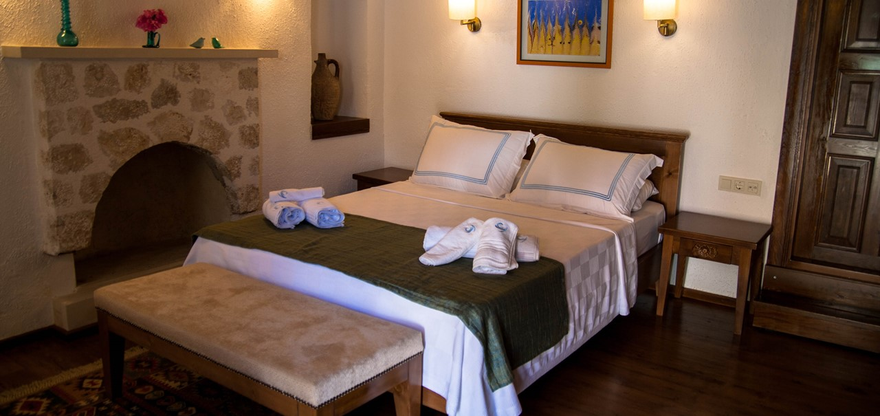 The Courtyard hotel in Kalkan offers 6 beautifully furnished bedrooms